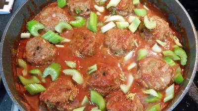 SLOW COOKED CELERY MEATBALLS – PHASE 2